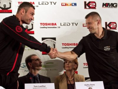Трансляцию боя Адамек — Кличко купили 100 000 польских абонентов