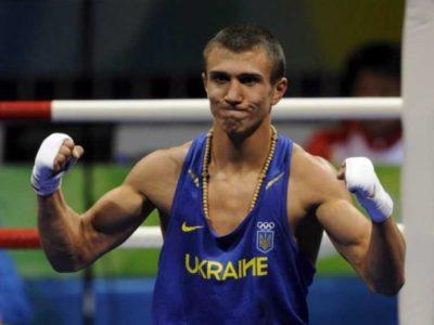 Ломаченко выходит в четвертьфинал