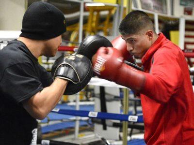 ФОТО: Гарсиа продолжает подготовку к бою против Салидо