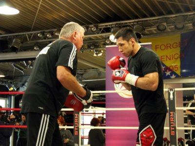 Феликс Штурм продолжает подготовку к бою против Сэма Солимана (интервью + фото)