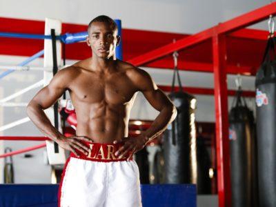 Лара: Моя цель — преподать Ангуло урок бокса!