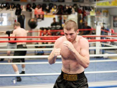 ФОТО: Байсангуров готовится к бою против Эндрейда