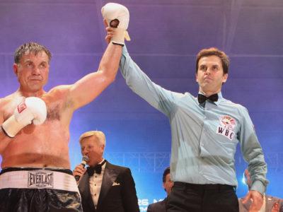 Маскаев с трудом побеждает Уильямса