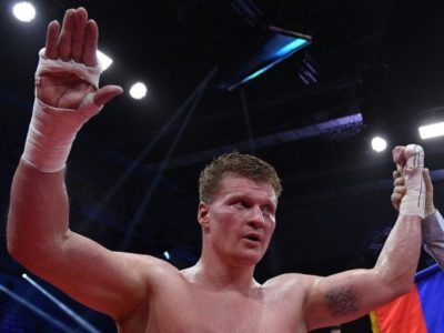 Поветкин победил Хаммера по очкам и стал обязательным претендентом WBA