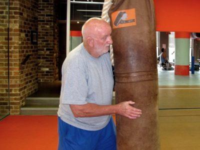 Джонни Льюис: Если у Хорна проблемы с сгонкой веса, ему не стоит драться с Кроуфордом
